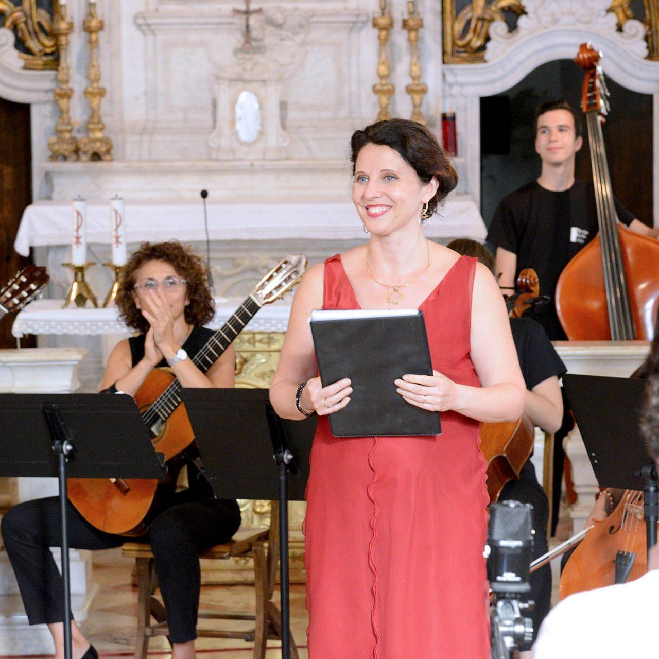 https://www.associazionevenezze.it/wp-content/uploads/2020/06/RCC2018-chitarre-e-violoncelli-Cristo-G6_07-1280x1280.jpg